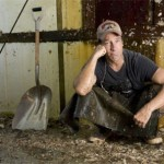 mike-rowe-with-shovel